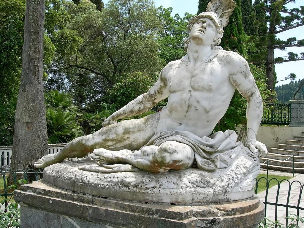 Statue von Achilles im Todeskampf